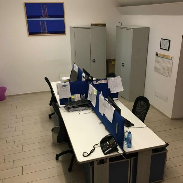 Ufficio in vendita a Milano, Magenta, 120 mq