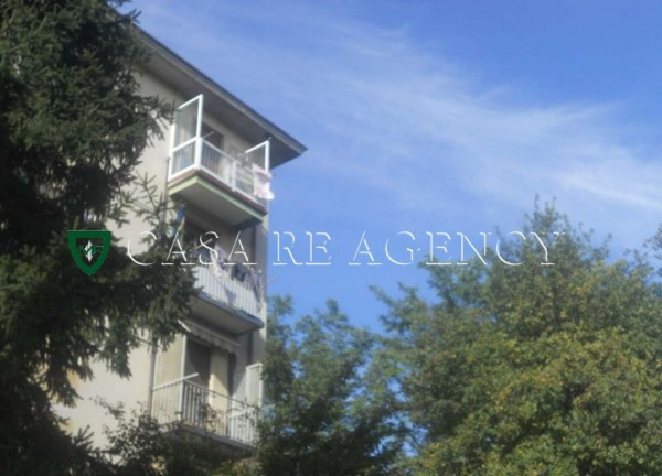Appartamento in vendita a Varese, Con giardino, 62 mq