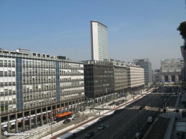 Ufficio in affitto a Milano, Centrale, 130 mq