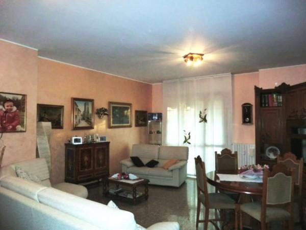 Appartamento in vendita a Rho, 110 mq