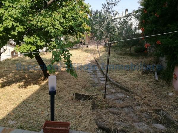 Casa indipendente in vendita a Foligno, Sant'eraclio, Con giardino, 90 mq