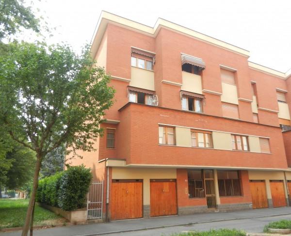 Appartamento in vendita a Venaria Reale, Centro Commerciale, Con giardino, 200 mq