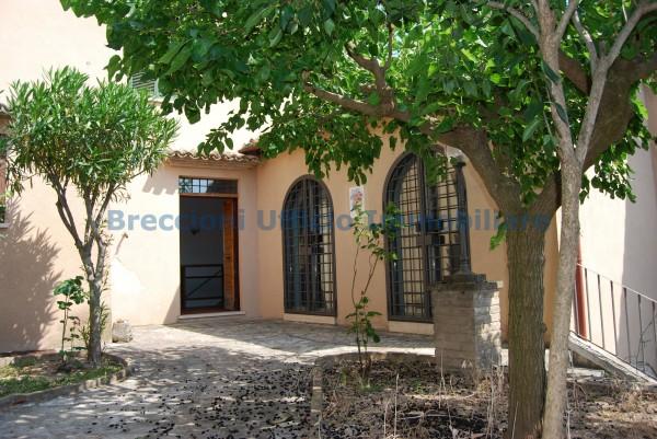 Rustico/Casale in vendita a Trevi, Centrale, Con giardino, 250 mq - Foto 1