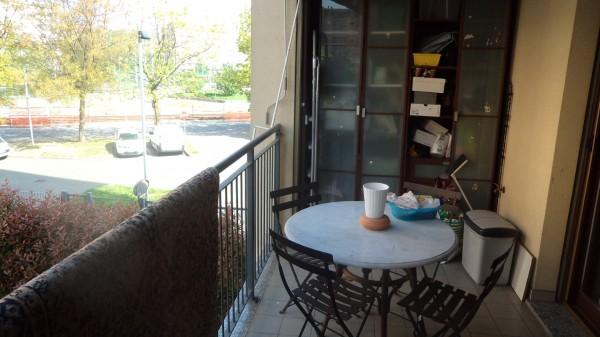 Appartamento in vendita a Rozzano, Viale Toscana, 100 mq