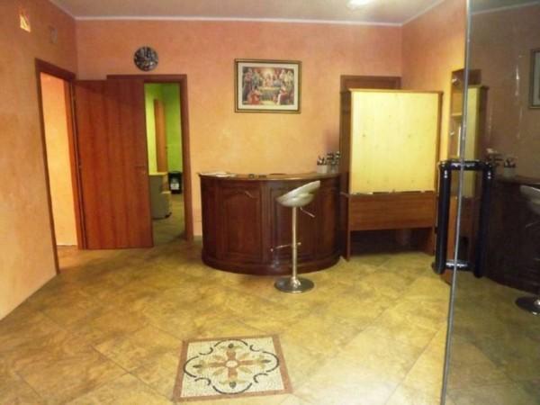 Negozio in vendita a Torino, Via Nizza, 85 mq