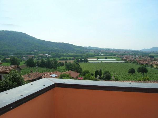 Appartamento in vendita a Capriolo, 84 mq