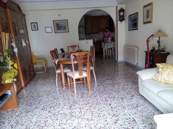 Appartamento in vendita a Terracina, Viale Europa, 100 mq