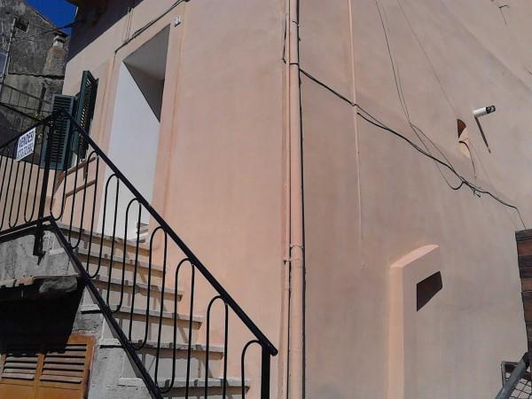 Appartamento in vendita a Terracina, Centro Storico, 75 mq