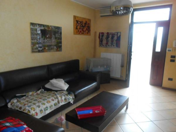 Villa in vendita a Torlino Vimercati, Residenziale, Con giardino, 175 mq