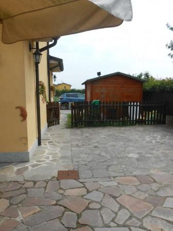 Villa in vendita a Torlino Vimercati, Residenziale, Con giardino, 175 mq - Foto 2