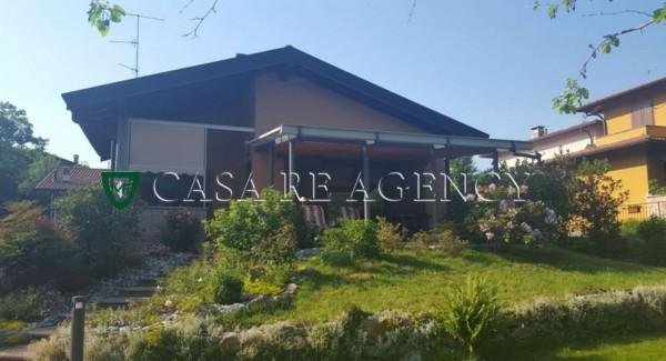 Villa in vendita a Bedero Valcuvia, Con giardino, 350 mq - Foto 1
