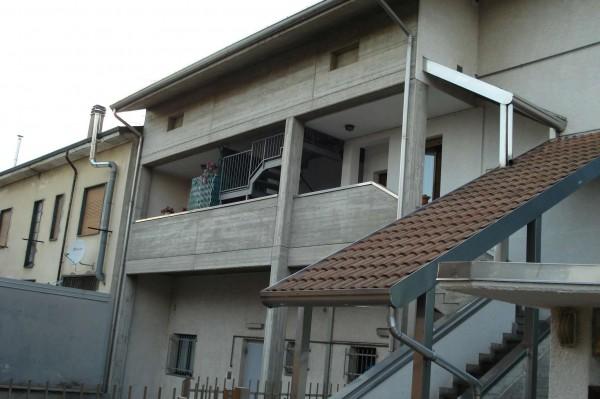 Appartamento in affitto a Cesate, 85 mq