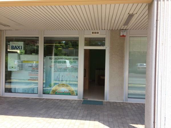 Negozio in vendita a Solaro, 86 mq - Foto 4