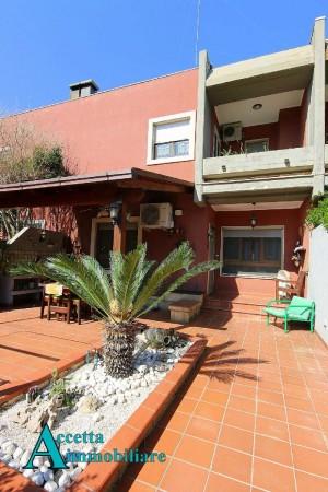 Villa in vendita a Taranto, Residenziale, Con giardino, 167 mq