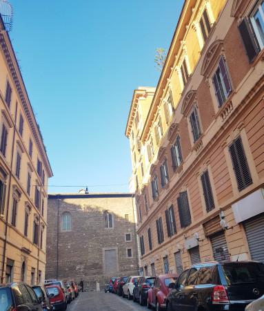 Locale Commerciale  in vendita a Roma, Esquilino, 95 mq