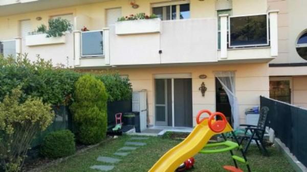 Appartamento in vendita a Busto Garolfo, Centrale, 90 mq
