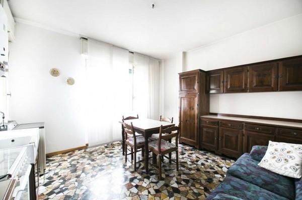 Appartamento in vendita a Desio, Centro - Villa Tittoni, 60 mq