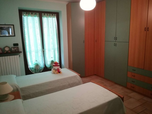 Casa indipendente in vendita a Belvedere Langhe, Centro, Con giardino, 260 mq - Foto 7