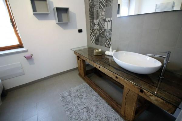 Villa in vendita a Alpignano, Semi-centrale, Con giardino, 286 mq - Foto 16