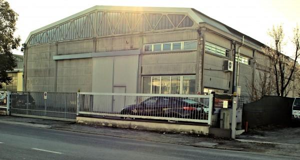 Capannone in vendita a Forlì, Coriano, 600 mq
