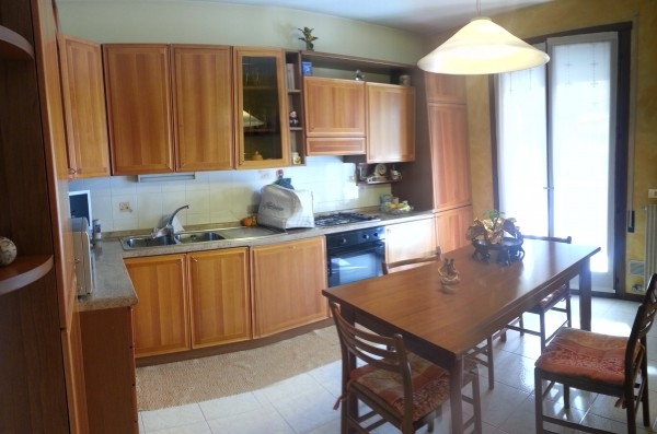Appartamento in vendita a Caldogno, Centro, 85 mq