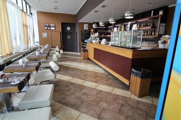 Locale Commerciale  in vendita a Alpignano, Centro, Arredato, 146 mq - Foto 1