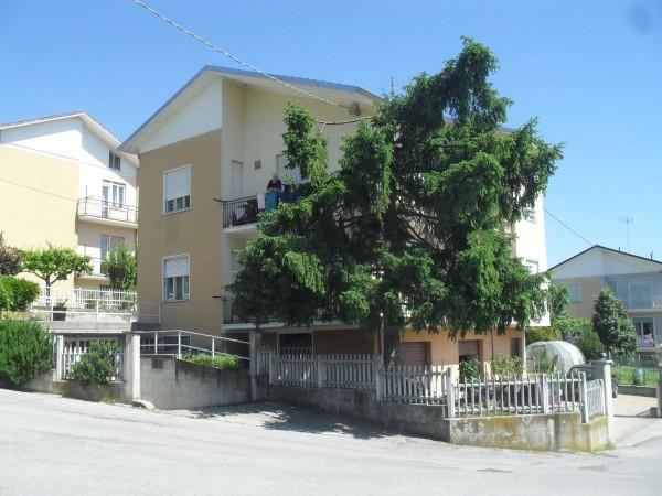 Casa indipendente in vendita a Mondovì, Altipiano Bis, Con giardino, 220 mq