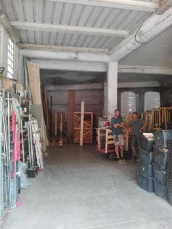 Locale Commerciale  in vendita a Genova, 227 mq - Foto 3