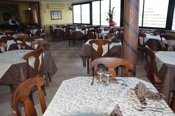 Locale Commerciale  in vendita a Corigliano Calabro, Ss 106, Con giardino, 500 mq - Foto 17