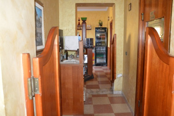 Locale Commerciale  in vendita a Corigliano Calabro, Ss 106, Con giardino, 500 mq - Foto 2