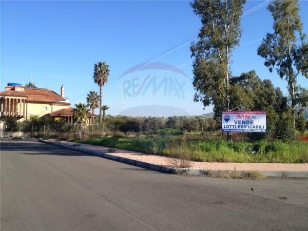 Locale Commerciale  in vendita a Rossano, Zona Momena-mare, Con giardino, 950 mq