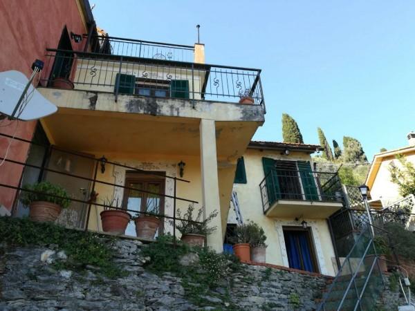 Casa indipendente in vendita a Avegno, 120 mq