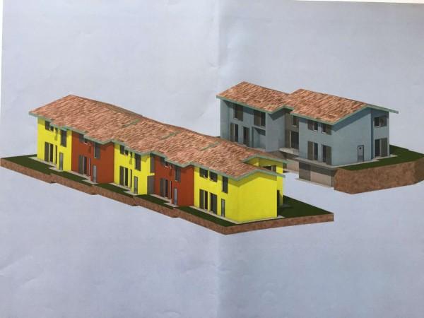 Villetta a schiera in vendita a Caravate, Con giardino, 130 mq