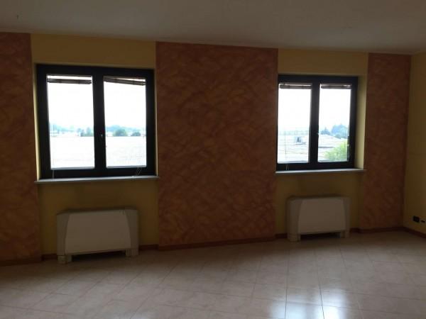 Ufficio in vendita a Nichelino, Con giardino, 50 mq