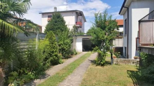 Villa in vendita a Busto Garolfo, 200 mq - Foto 2