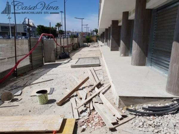 Locale Commerciale  in affitto a Trentola-Ducenta, Jambo, 250 mq - Foto 4