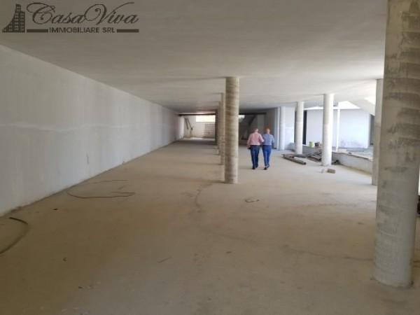 Locale Commerciale  in affitto a Trentola-Ducenta, Jambo, 250 mq - Foto 13