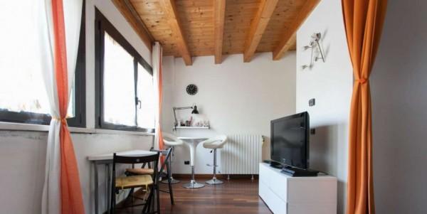 Appartamento in vendita a Milano, Viale Certosa Madonna Di Garegnano, Arredato, con giardino, 52 mq - Foto 20