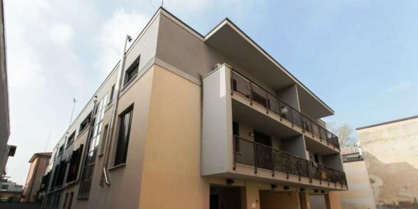 Appartamento in vendita a Milano, Viale Certosa Madonna Di Garegnano, Arredato, con giardino, 52 mq - Foto 7