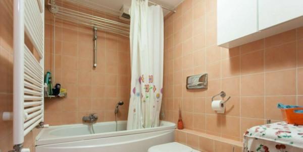 Appartamento in vendita a Milano, Viale Certosa Madonna Di Garegnano, Arredato, con giardino, 52 mq - Foto 9