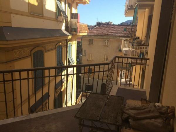 Appartamento in vendita a Rapallo, Centralissimo, 100 mq - Foto 1