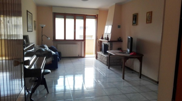 Appartamento in vendita a Perugia, Oliveto - San Marco, Con giardino, 156 mq