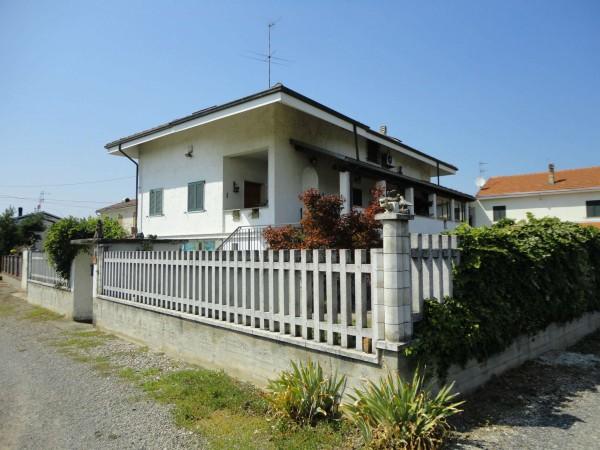 Villa in vendita a Alessandria, Castelceriolo, Con giardino, 180 mq