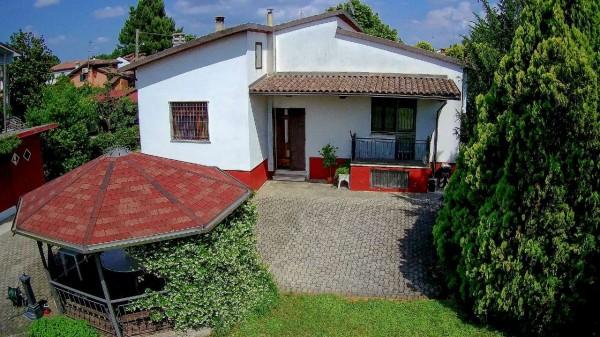 Villa in vendita a Alessandria, Cascinagrossa, Con giardino, 100 mq