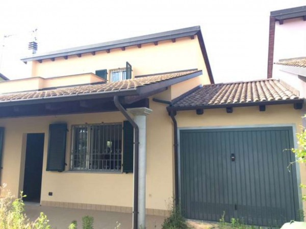 Villetta a schiera in vendita a Castellazzo Bormida, Con giardino, 120 mq