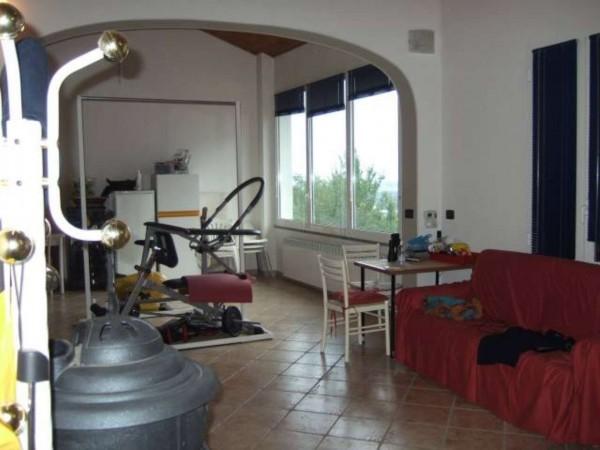 Casa indipendente in vendita a Montecastello, Con giardino, 220 mq - Foto 3