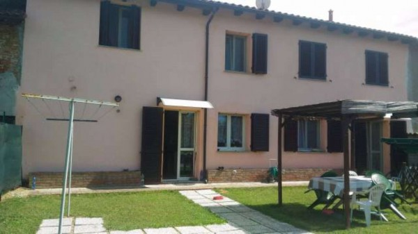 Villetta a schiera in vendita a Oviglio, Regione Boschi, Con giardino, 220 mq