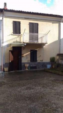 Casa indipendente in vendita a San Salvatore Monferrato, Con giardino, 100 mq