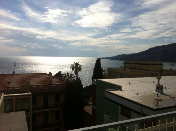 Appartamento in vendita a Sanremo, Prima Collina, 70 mq