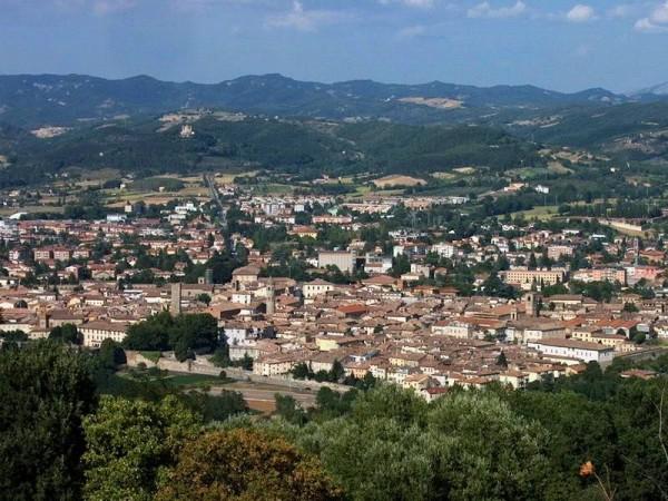 Villetta a schiera in vendita a Città di Castello, Titta, Con giardino, 150 mq - Foto 2
